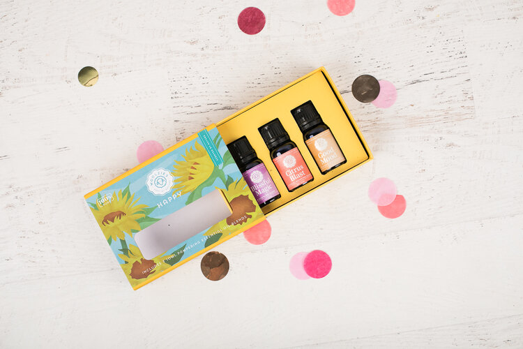 HAPPY Essential Oil Kit by Woolzie